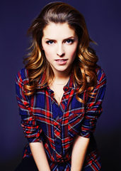 tumblr-static-anna-kendrick-plaid-damn.png